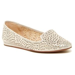 Vince Camuto Lanta Leather Flats - Gold